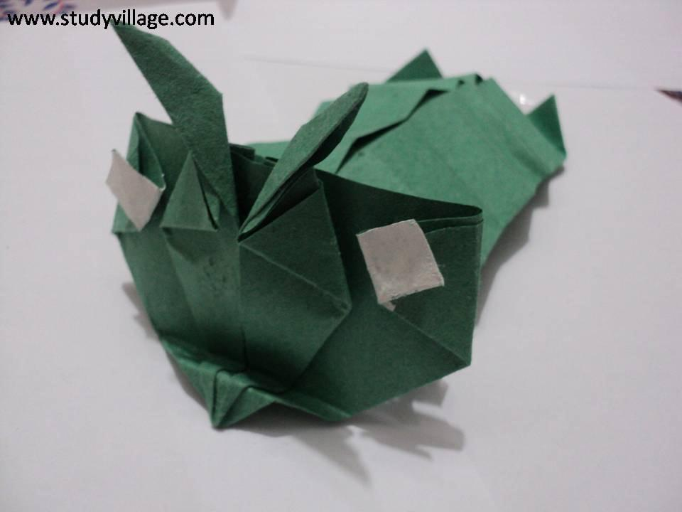 How to make beautiful Paper Caterpillar - Step 22
